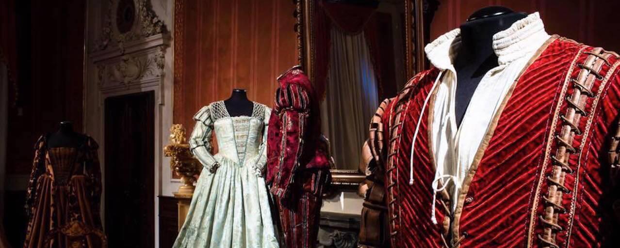 San Giuliano Terme | I costumi storici della Fondazione Cerratelli a Villa Roncioni