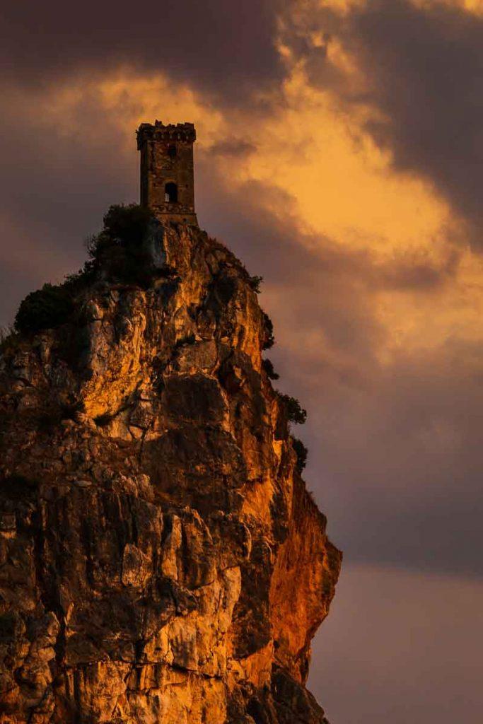Torre di Caprona