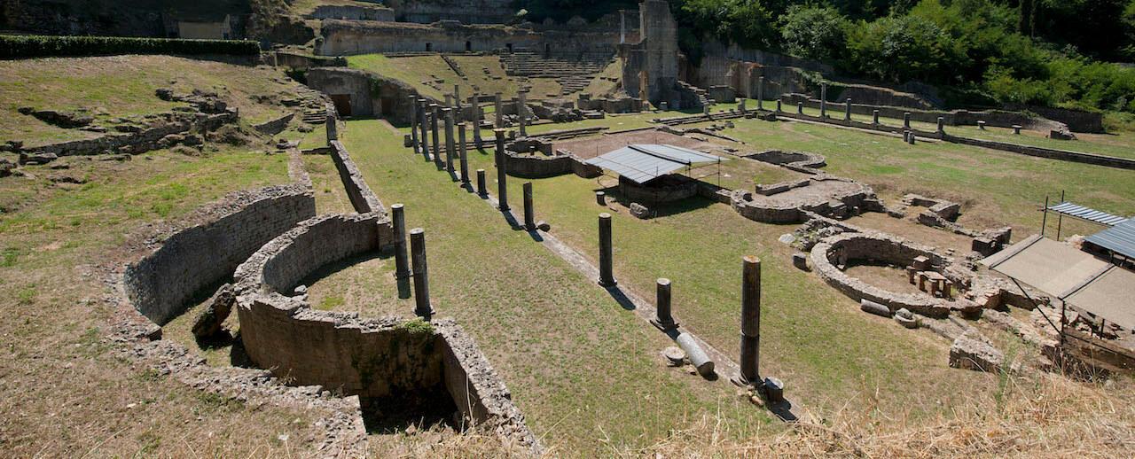 Volterra, il seme degli Etruschi nel fiorire del Medioevo