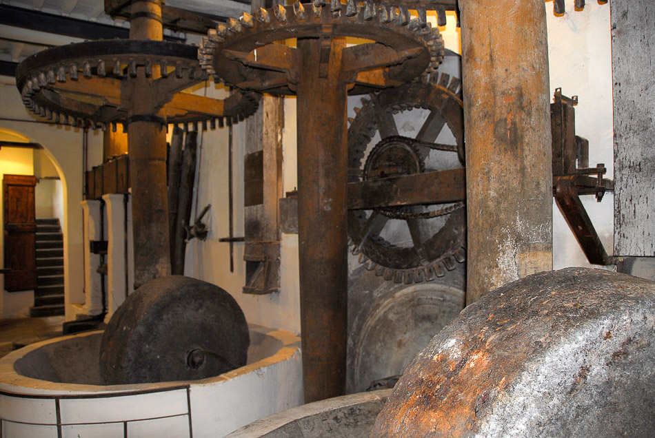 Buti – Frantoio Rossoni e Museo del Maggio Butese