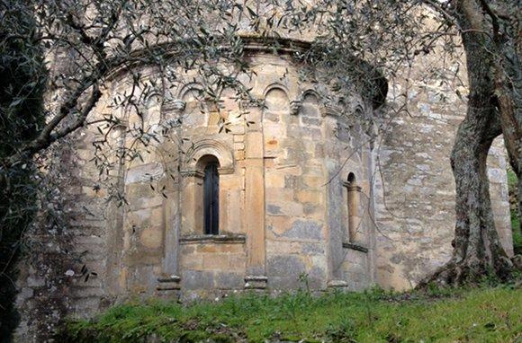 Buti – Chiesa romanica di Santa Maria della Neve