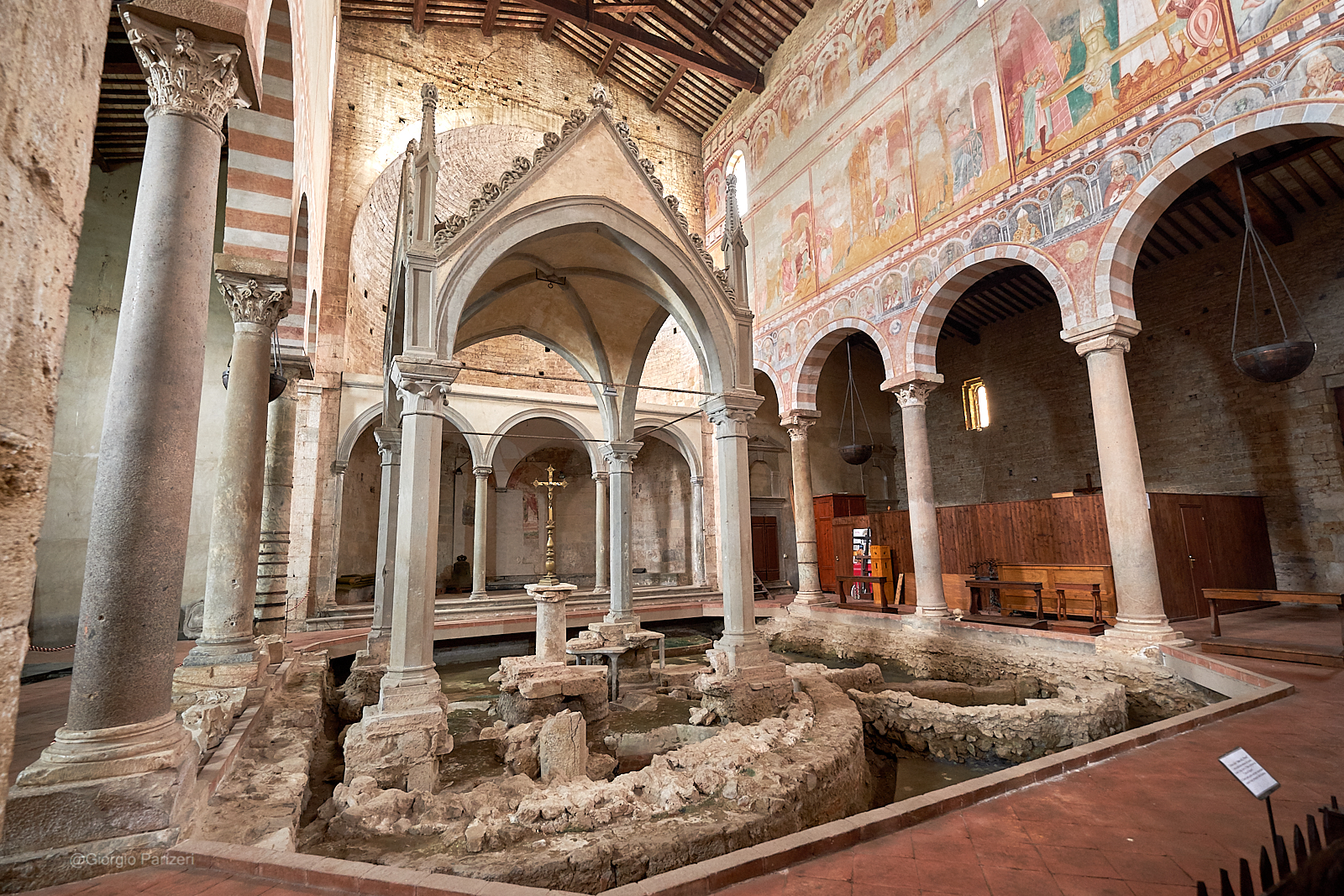 The Romanesque style between Pisa and Lucca