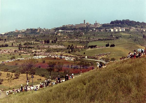 Cronoscalata auto Saline – Volterra – rievocazione storica