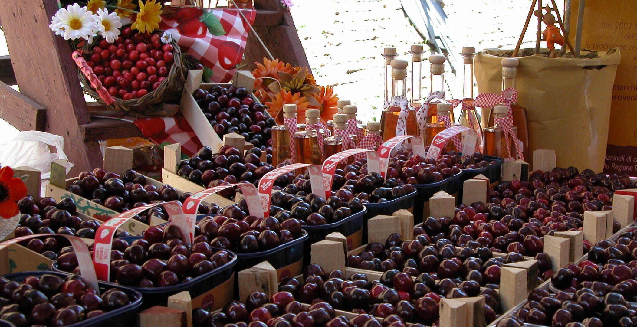 Mostra mercato delle ciliegie | Lari