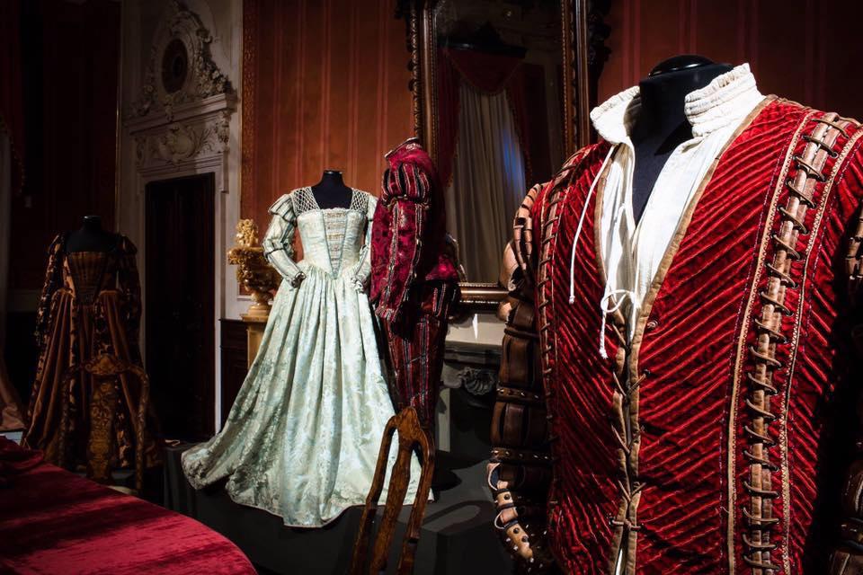 """Mostra Fondazione Cerratelli """"I costumi degli artisti""""   San Rossore, Pisa"""