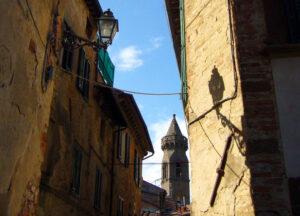 torre campanaria peccioli