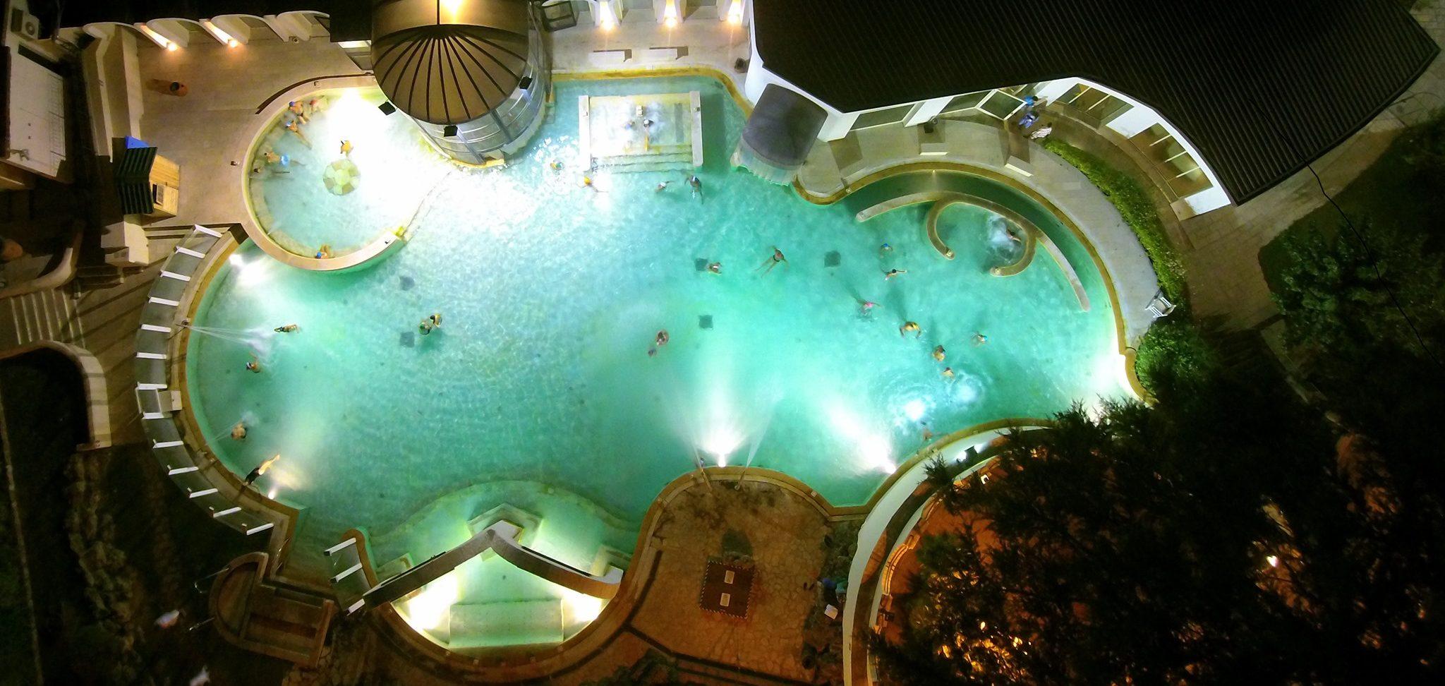 Apertura della piscina termale e bagno in notturna | Casciana Terme